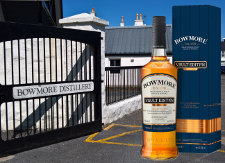 Bowmore Distyllery and Vault edition